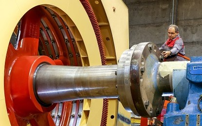 Двигатели и генераторы с низкой скоростью